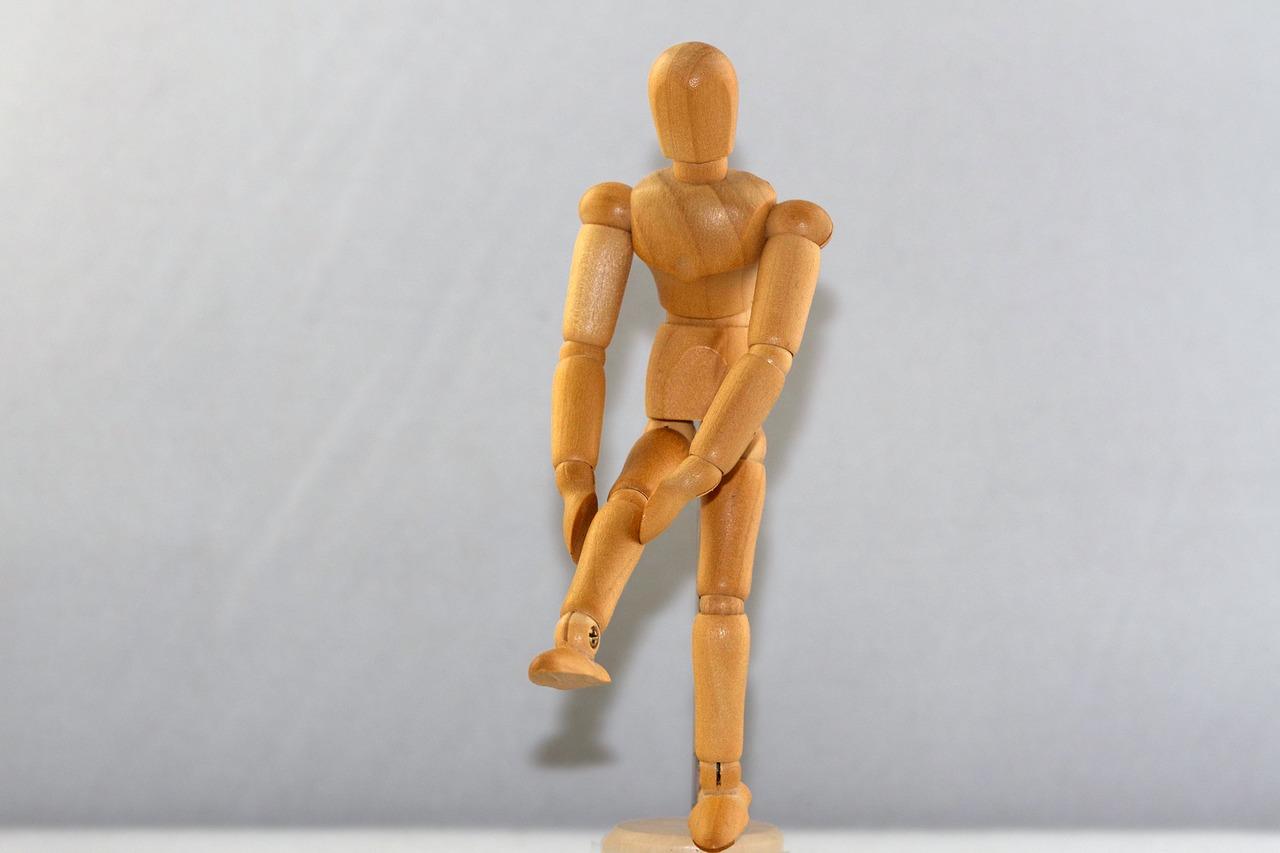 膝の痛み・内反小趾完治への道 最終決戦